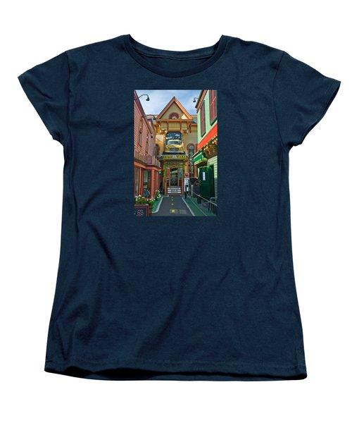 Dinks Taxi In Bar Harbor Women's T-Shirt (Standard Cut)