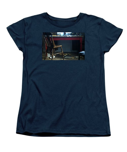 Dylan Thomas Writing Shed Women's T-Shirt (Standard Cut) by Steve Purnell