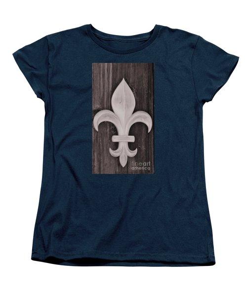 Fleur-de-lis Women's T-Shirt (Standard Cut) by Janice Spivey