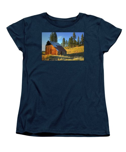 Women's T-Shirt (Standard Cut) featuring the photograph Garden Valley Barn by Sam Rosen