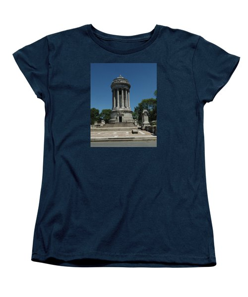 Women's T-Shirt (Standard Cut) featuring the photograph Soldier's And Sailor's Monument New York City by Tom Wurl