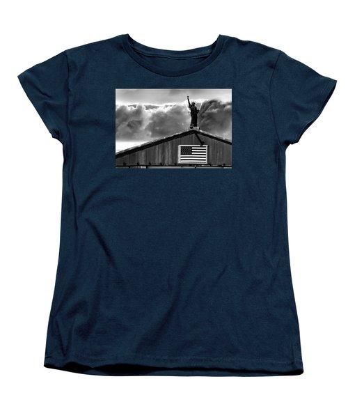 Lady Liberty Women's T-Shirt (Standard Cut) by Ron White
