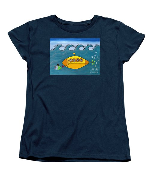 Lets Sing The Chorus Now - The Beatles Yellow Submarine Women's T-Shirt (Standard Cut)