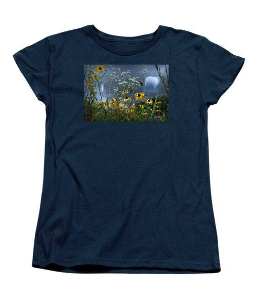 No Vase Needed Women's T-Shirt (Standard Cut) by Bill Stephens