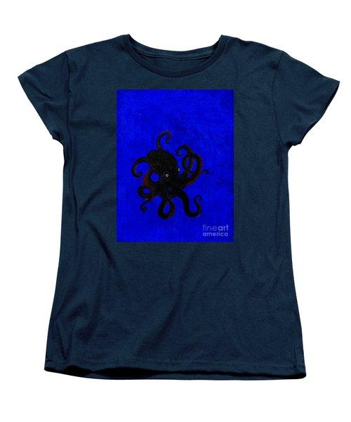Octopus Black And Blue Women's T-Shirt (Standard Cut) by Stefanie Forck