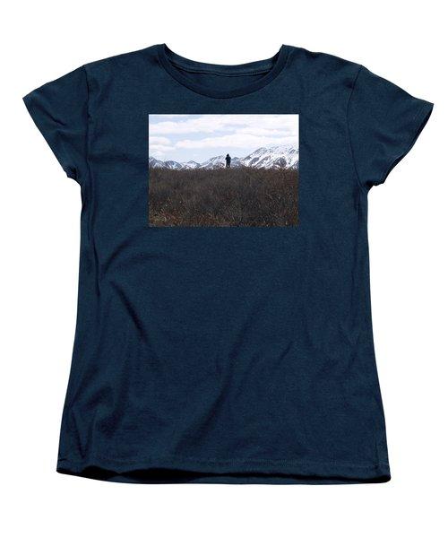 Photographing Nature   Women's T-Shirt (Standard Cut) by Tara Lynn
