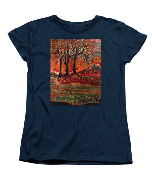 River Sunrise - Lothlorien Women's T-Shirt (Standard Cut)