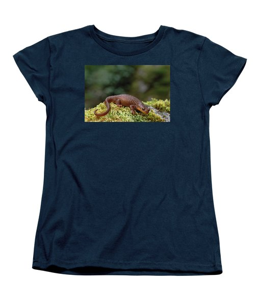 Rough-skinned Newt Oregon Women's T-Shirt (Standard Cut) by Gerry Ellis