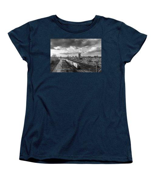 Speedy Et Women's T-Shirt (Standard Cut) by Tgchan