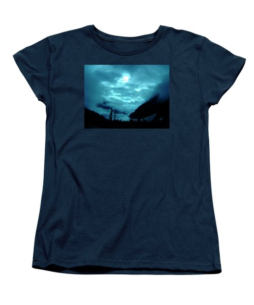 Women's T-Shirt (Standard Cut) featuring the photograph Sunday Morning by Jeremy Rhoades