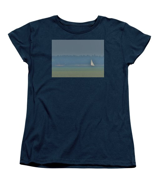 Sunday Sailing  Women's T-Shirt (Standard Cut) by Daniel Thompson