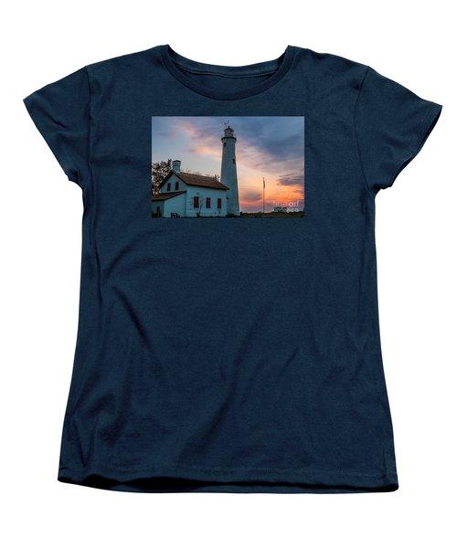 Women's T-Shirt (Standard Cut) featuring the photograph Sunrise At Sturgeon Point by Patrick Shupert