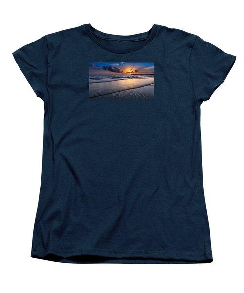 Sunset  Women's T-Shirt (Standard Cut) by Hayato Matsumoto