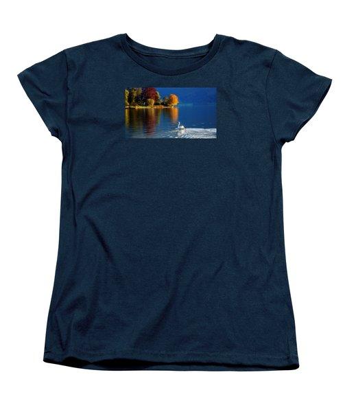 Beautiful Autumn Swan At Lake Schiliersee Germany  Women's T-Shirt (Standard Cut)