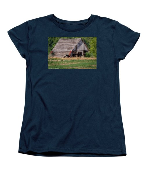 Women's T-Shirt (Standard Cut) featuring the photograph The Old Gray Barn by Nick Kirby