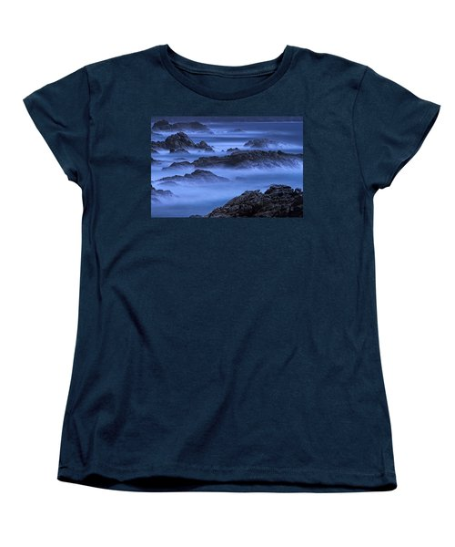 Women's T-Shirt (Standard Cut) featuring the photograph Big Sur Mist by William Lee