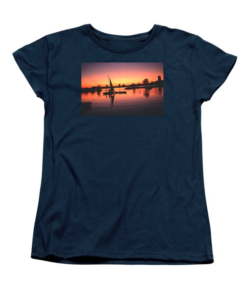 Women's T-Shirt (Standard Cut) featuring the photograph Sailing End Of The Day Backbay  Boston by Tom Wurl
