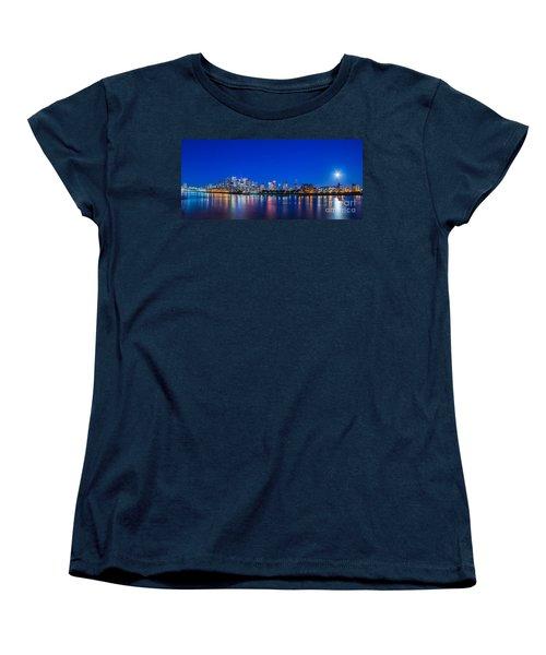 Canary Wharf 3 Women's T-Shirt (Standard Cut) by Mariusz Czajkowski