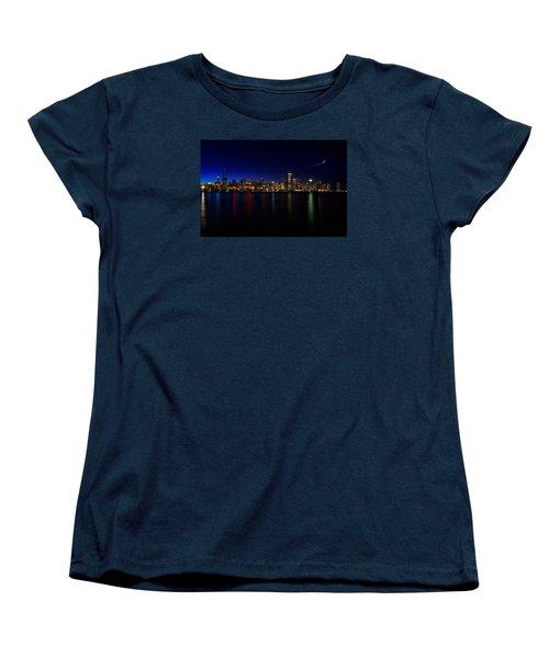 Chicago-skyline 3 Women's T-Shirt (Standard Cut) by Richard Zentner