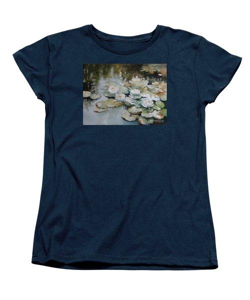 Waterlilies Women's T-Shirt (Standard Cut)