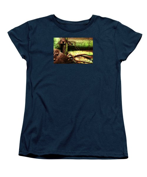 Women's T-Shirt (Standard Cut) featuring the photograph Wired by Newel Hunter