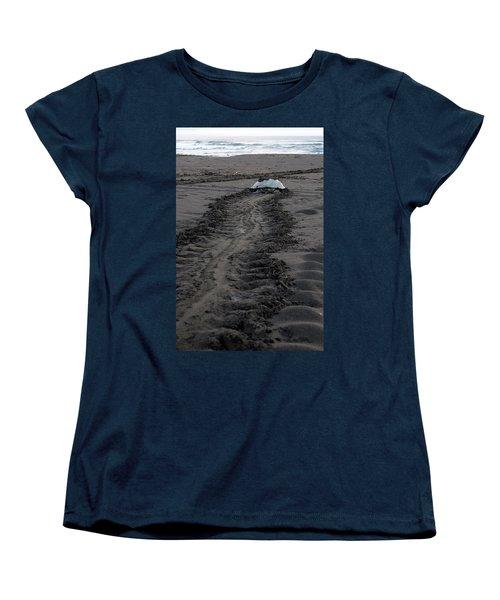 Green Sea Turtle Returning To Sea Women's T-Shirt (Standard Cut) by Breck Bartholomew