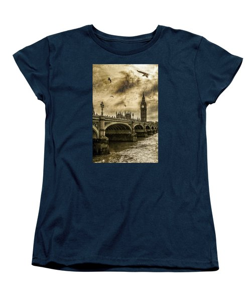 London Women's T-Shirt (Standard Cut) by Jaroslaw Grudzinski