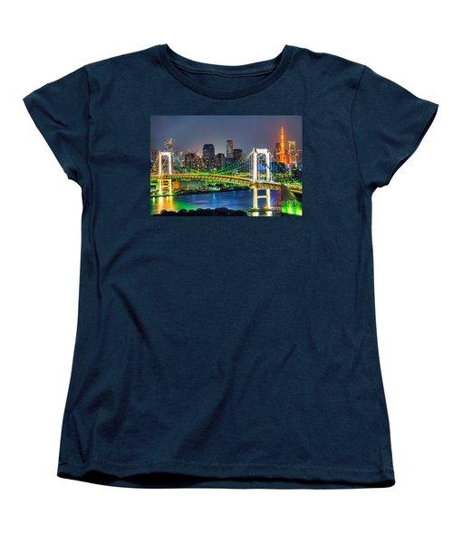 Tokyo - Japan Women's T-Shirt (Standard Cut)