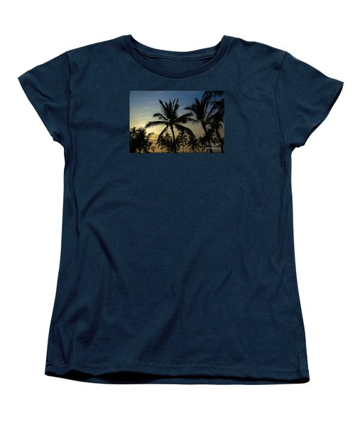 Women's T-Shirt (Standard Cut) featuring the photograph Kona Sunset by Kelly Wade