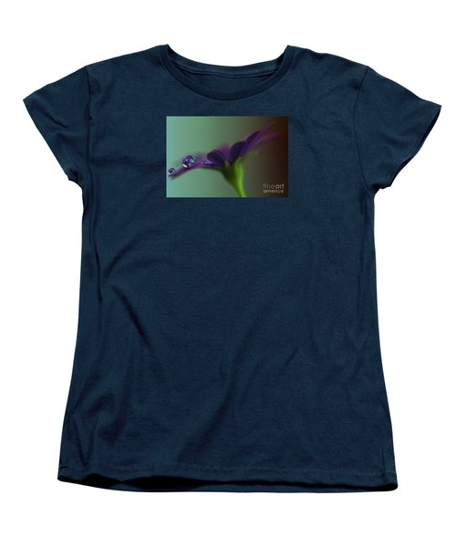 A Daisy Delivery Women's T-Shirt (Standard Cut) by Kym Clarke