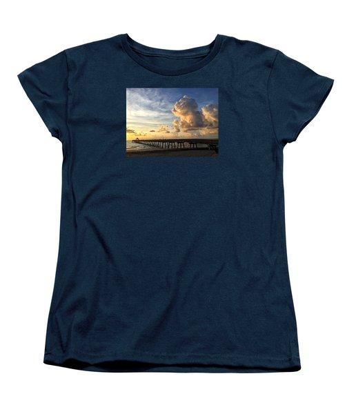 Big Cloud And The Pier, Women's T-Shirt (Standard Cut)