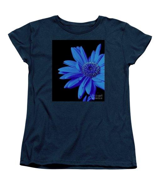 Blue Women's T-Shirt (Standard Cut) by Elfriede Fulda
