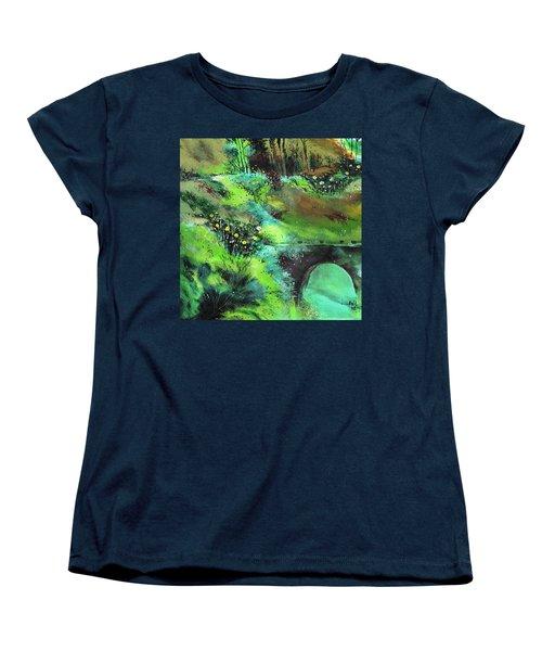 Connect Women's T-Shirt (Standard Cut)