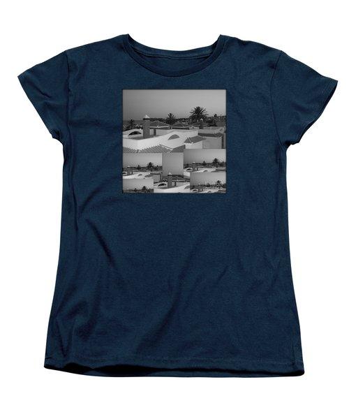 Women's T-Shirt (Standard Cut) featuring the photograph Dusky Rooftops by Linda Prewer