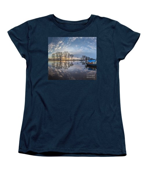 Dutch Delight-4 Women's T-Shirt (Standard Cut)
