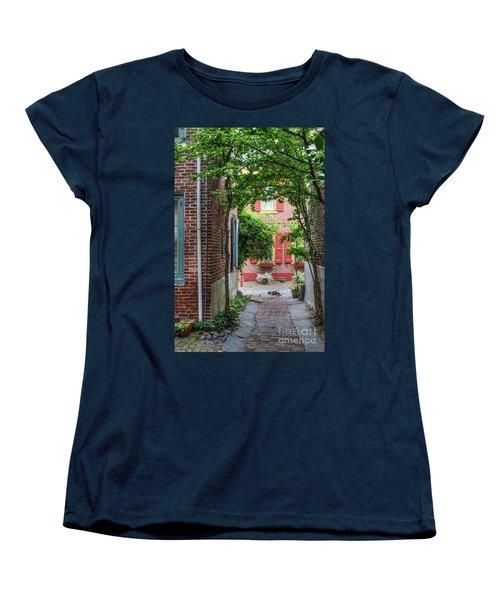 Calico Alley  Women's T-Shirt (Standard Cut) by David Zanzinger