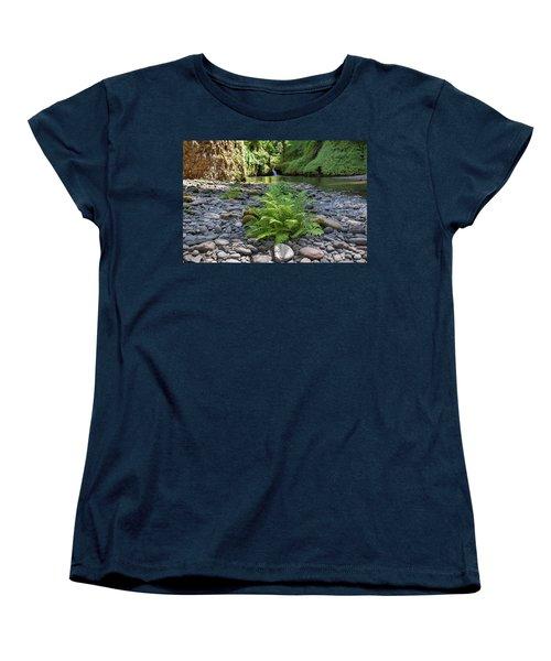 Ferns Along Banks Of Eagle Creek Women's T-Shirt (Standard Fit)