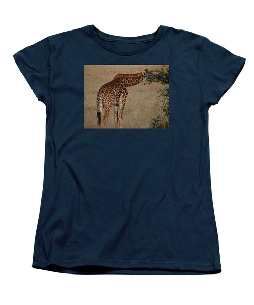 Giraffes Eating - Side View Women's T-Shirt (Standard Fit)