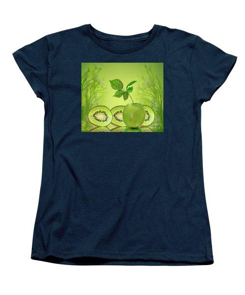 Greeeeeen Women's T-Shirt (Standard Cut)