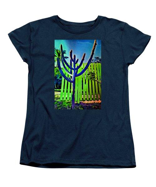 Green Fence Women's T-Shirt (Standard Cut)
