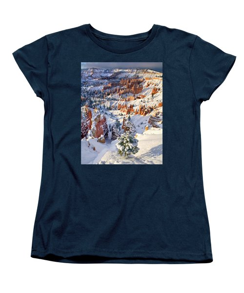 Women's T-Shirt (Standard Cut) featuring the photograph Hoodoos And Fir Tree In Winter Bryce Canyon Np Utah by Dave Welling