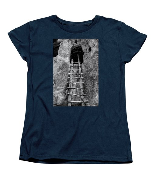 Into The Alcove Women's T-Shirt (Standard Cut) by Gary Lengyel