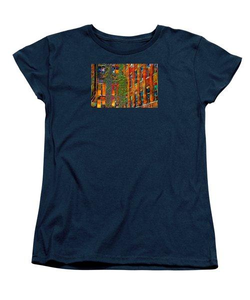Ivy Women's T-Shirt (Standard Cut)