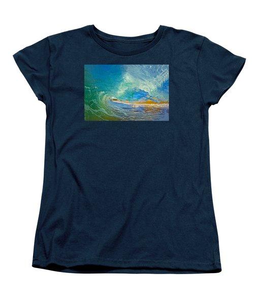 Kaanapali Wave Women's T-Shirt (Standard Cut)