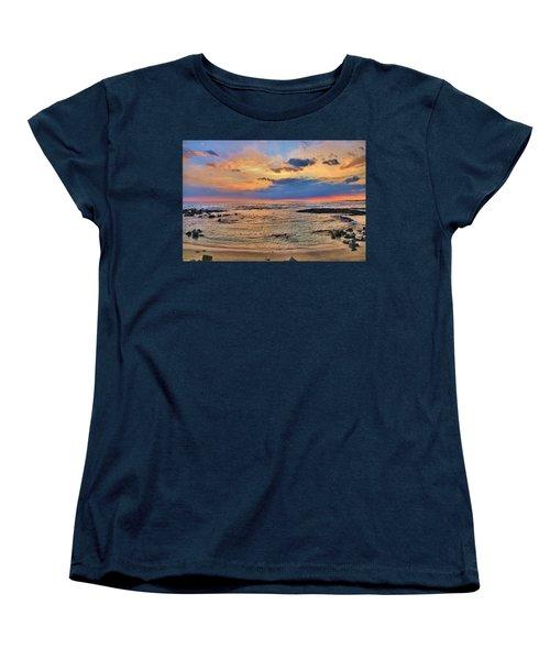 Women's T-Shirt (Standard Cut) featuring the photograph Keahuolu Point by DJ Florek