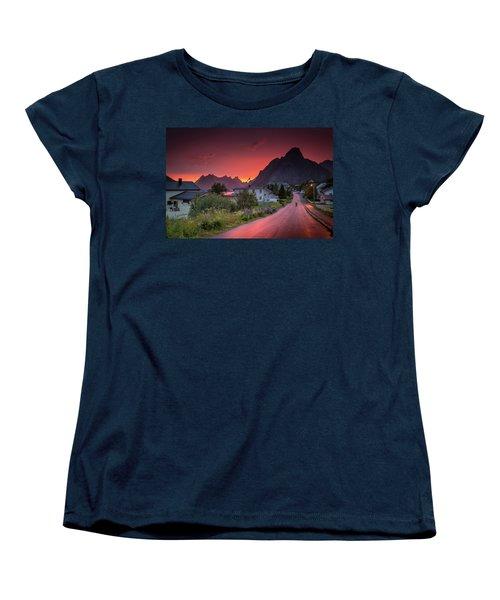 Lofoten Nightlife  Women's T-Shirt (Standard Cut)