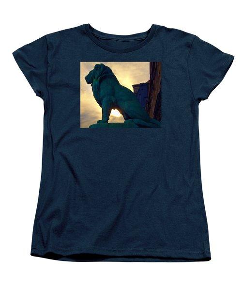 Louve Lion Women's T-Shirt (Standard Cut) by John Hansen