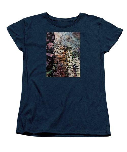 Machu Picchu Ruins- Peru Women's T-Shirt (Standard Cut)