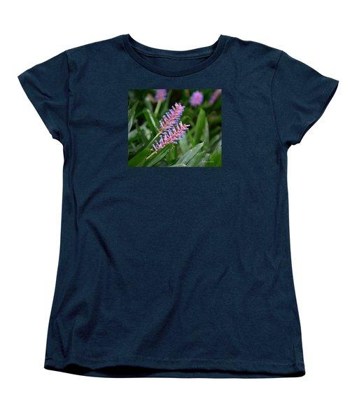 Matches... Women's T-Shirt (Standard Cut) by Edgar Torres