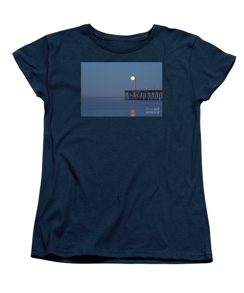 Women's T-Shirt (Standard Cut) featuring the photograph Moonset At The Ventura Pier by John A Rodriguez